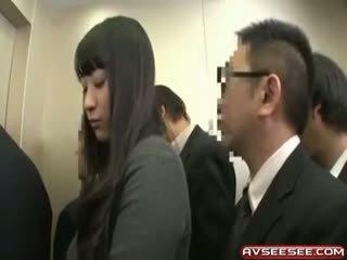 Labai seksualu ir karštas japoniškas mergaitė šūdas video