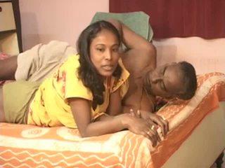 Barabanki couple vieux men avec jeune indien nana