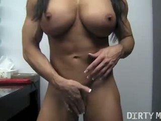 Angela Salvagno 04 - Female Bodybuilder