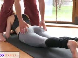 fitness, romantic, yoga pants