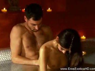The eksoottiset ways of tantric seksi