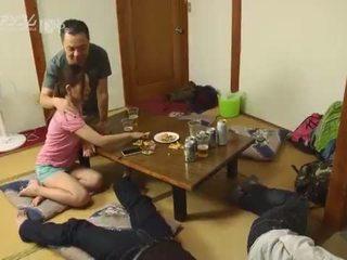 Malibog asawang babae likes upang swap!