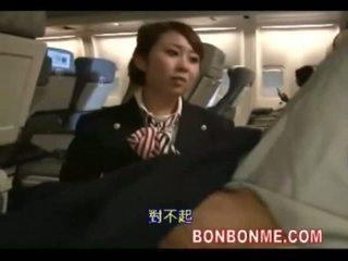 Стюардеса майната с passenger