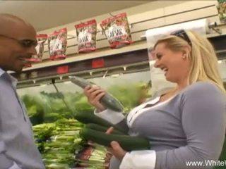 Baltas wifey picked į viršų iki bbc <span class=duration>- 27 min</span>