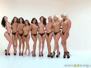 Viršus brazzers porno žvaižgždės pakliuvom į gyventi šou