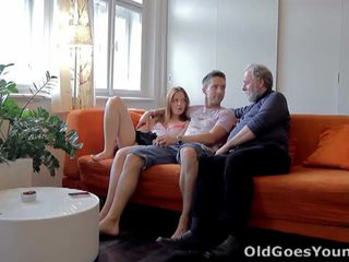 Old goes young: rumaja sveta fucked by old man