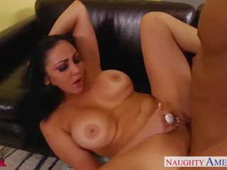 Gyzykly brunet audrey bitoni gets nailed