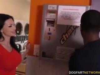 Aletta ocean does анално в на laundromat