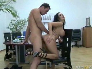 Panjang legged aletta gets kacau di pekerjaan