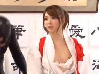 לצפות hq יפני פורנו