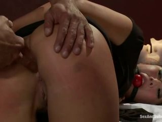 Sexy Masseuse London Keyes Gets Brutalized