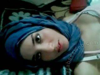 Goergeous arab babe met bf-asw1039