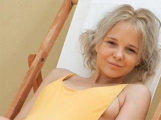 Jaunas blondinė paauglys monroe filthy siesta dalis 1
