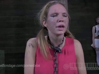 Udan degrey cums over and over on sybian