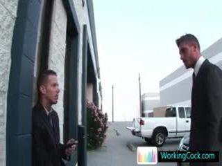 Shane cant manter sua mãos fora sua offic colleague por workingcock