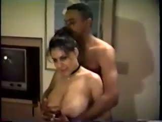Paroháč manželka: volný amatér porno video