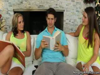 více bruneta sledovat, realita online, volný trojice čerstvý