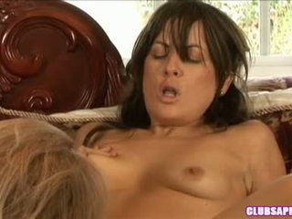 Mia Presley Widens Her Muff Wide Sufficiently She Cannot Help Screaming Pleasure