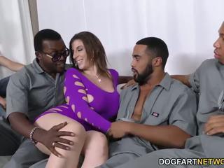 Sara jay gets ganbanged door zwart dudes