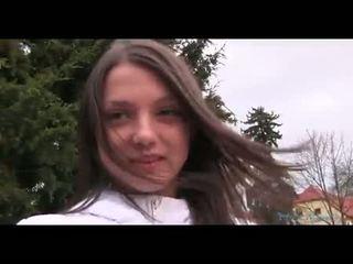 brunetka, seks oralny, wiek dojrzewania