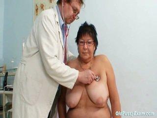 Liels titted elder donna gyn clinic eksāmens