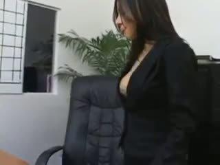 비서 sativa rose 에 팬티 스타킹 빌어 먹을 에 그녀의 bosses 책상