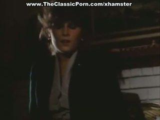 Orgazmas video su seksualu ponia apie the grindys