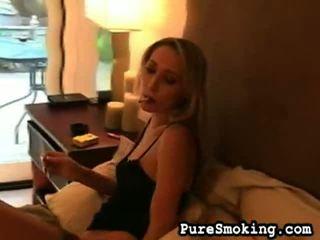 Smokers laba guļamistaba acis