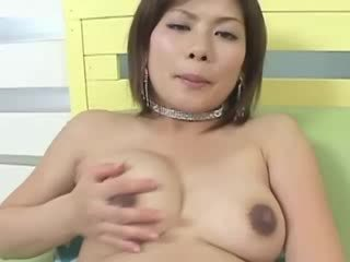 Her asian pussy loves toy play whille ...