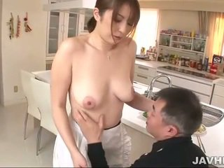 Barmfager japansk does boobjob