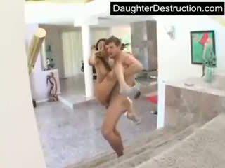 Lief tiener dochter fucks zoals een pro