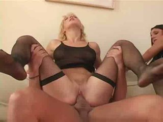 Amateur foursome fucking anal