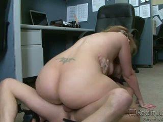 Zyrë perverts 3 ava rose
