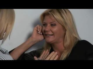 Nina, ginger & melissa - karstās milfs uz lesbiete encounters