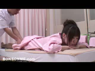 Innocent ado baisée par érotique masseur 07