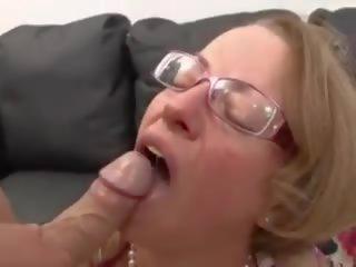 Rijpere duits secretaresse geneukt & fisted, porno 14