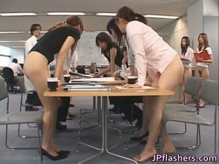 Asiatique secretaries porno images