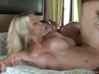 sexy babe, ripped, bikini