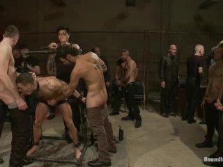 Adam knox gets noķerti uz a sperma fest