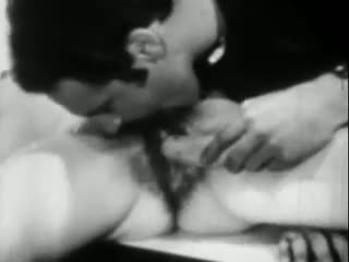 Lust in the banana: brezplačno staromodno porno video ea