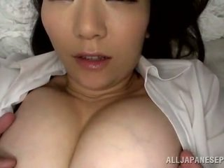 辣 泰國 female has 一 一口 後 clam thrashing