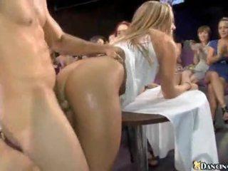 Σκληρό πορνό πάρτι