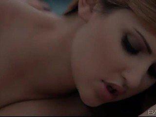 karstās kissing liels, pilns mutisks, meitene par meiteni kvalitāte