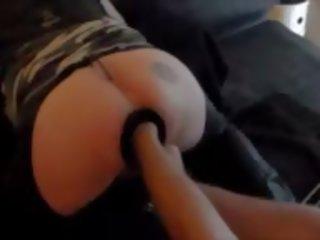 Neuken en fist in an oxball pig hole treesome: gratis porno d5