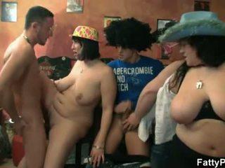 बड़ा, स्तन, समूह बकवास