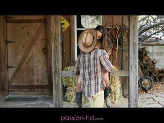 Heet cowgirl dani daniels creampied outdoors