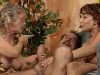 bà nội, orgy, trưởng thành