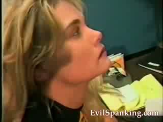 kokang, vagina, dipukul
