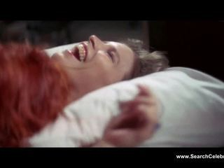 Candy clark unclothed 그만큼 사람 누구 fell 에 earth (1976)