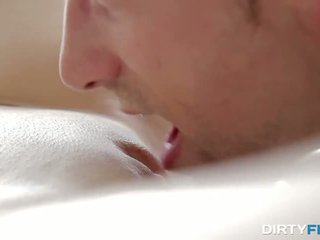A date from sugar daddy sex chat - Porn Video 571